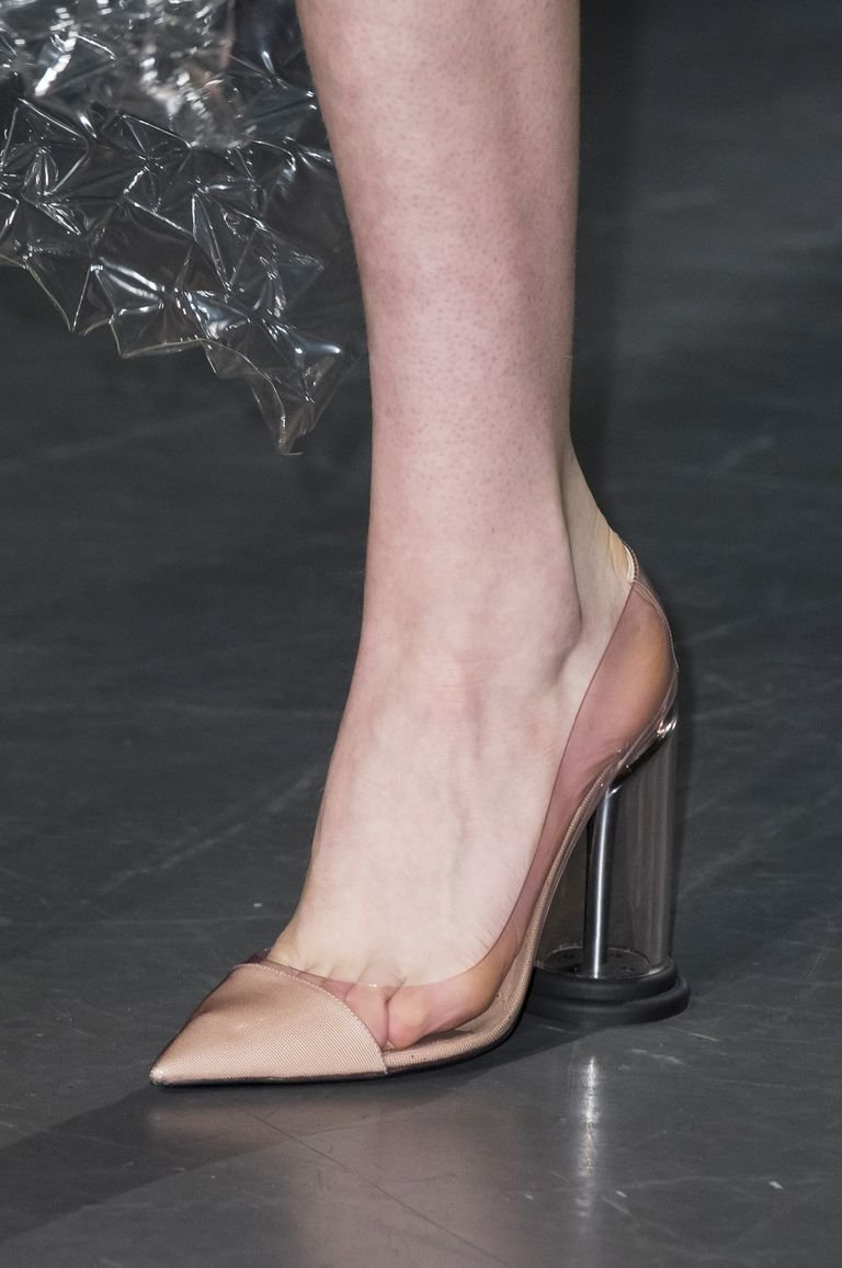 cfc4b2044 Marc Jacobs shoes حذاء احذية رائجة ربيع 2019 plastic احذية بلاستيكية mary  katrantzou ماري كاتنتزو