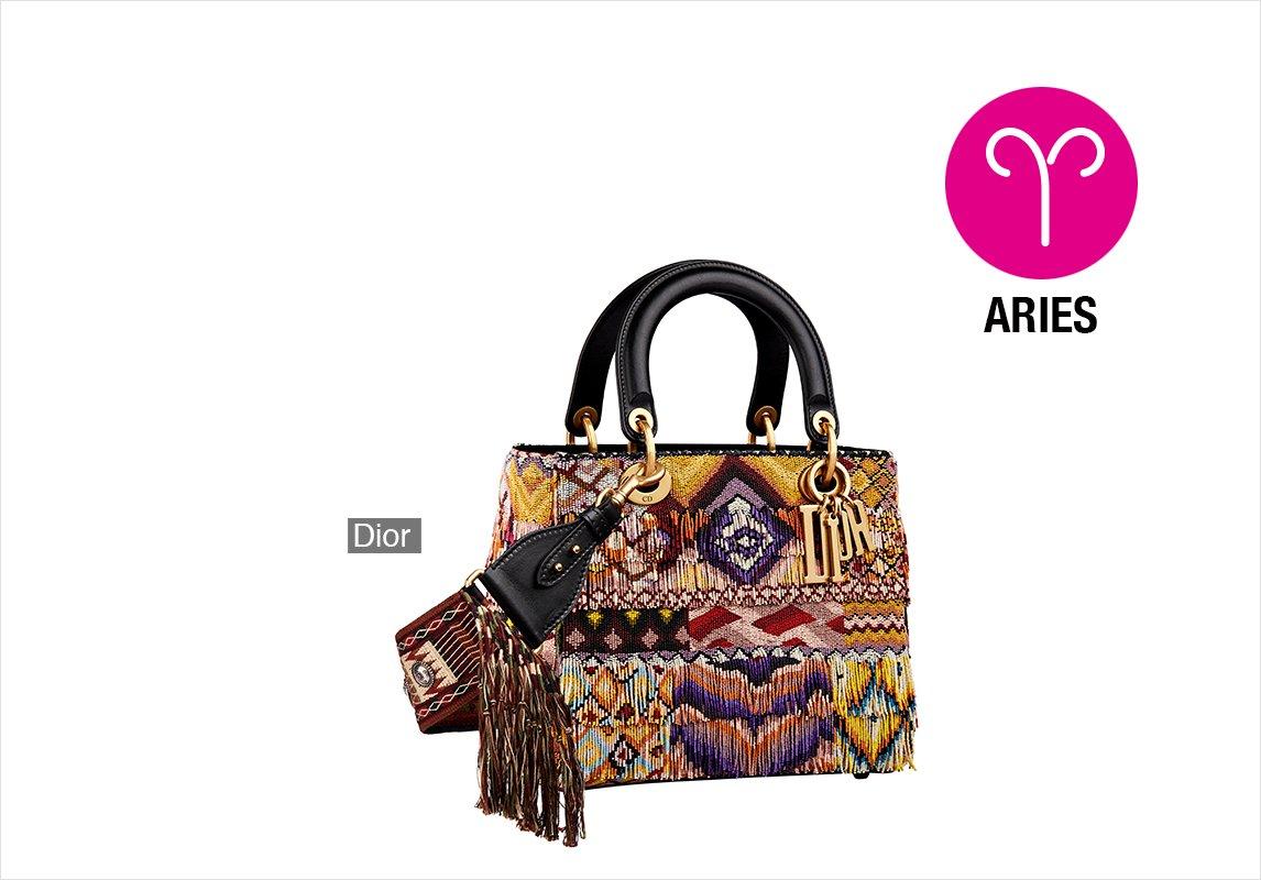 8f0162d6bf0bf مجلة زهرة السوسن - شكل الحقيبة التي تليق بكِ بحسب برجكِ