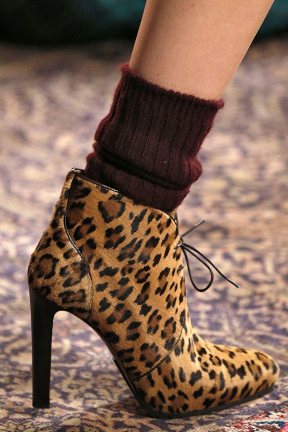 بوتس عالي حذاء احذية رائجة تصميم حذاء رائج ربيع 2019  رالف لورين ralph lauren