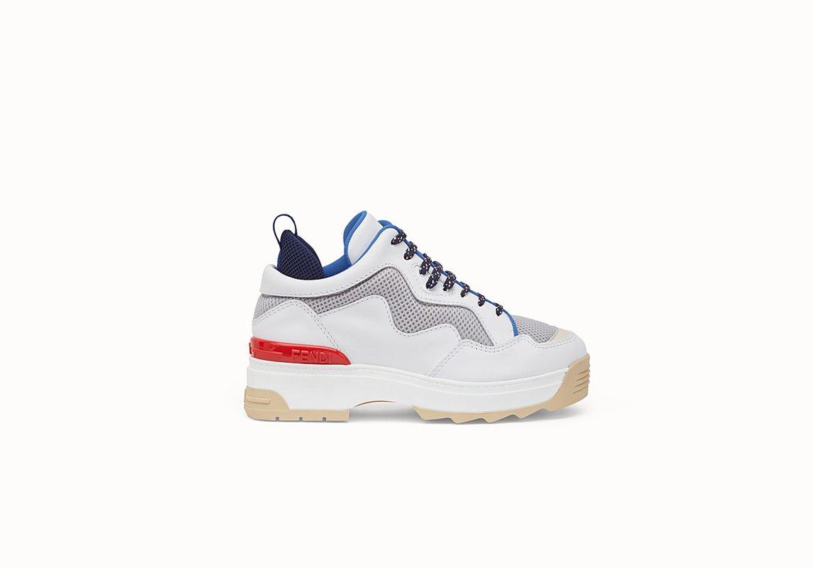 ebc3e1750 مجلة زهرة السوسن - 10 أحذية رياضية رائجة ... أدرجي واحدة منها على ...