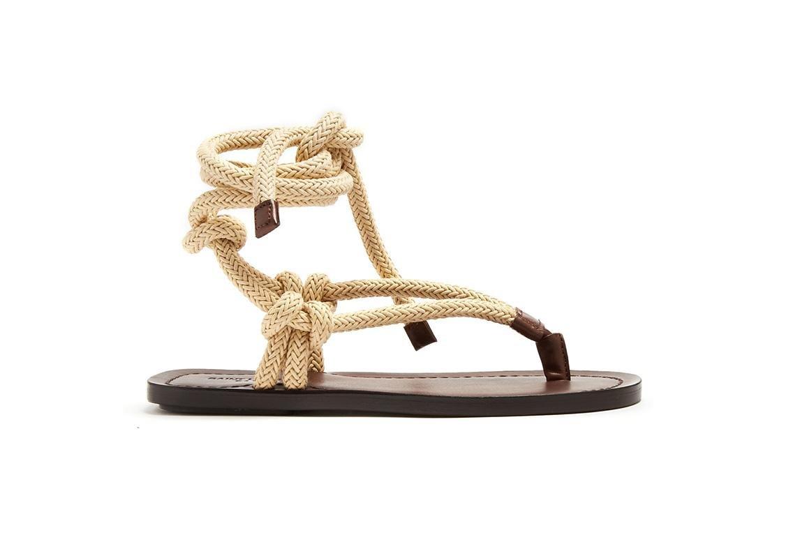 اخر صيحات الموضة ربيع 2019 حذاء تصاميم احذية صندل صنادل صيفية سان لوران باريس  saint laurent paris