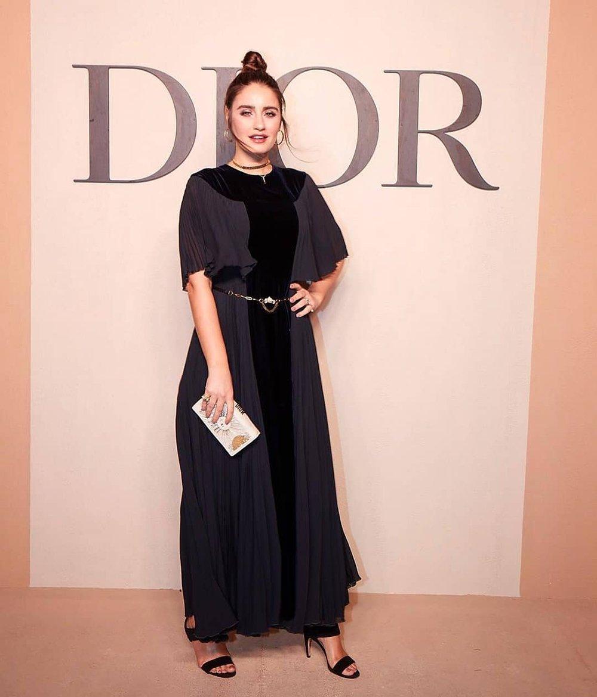 e46f8269f373b مجلة زهرة السوسن - أبرز إطلالات النجمات خلال عرض Dior لمجموعتها ...