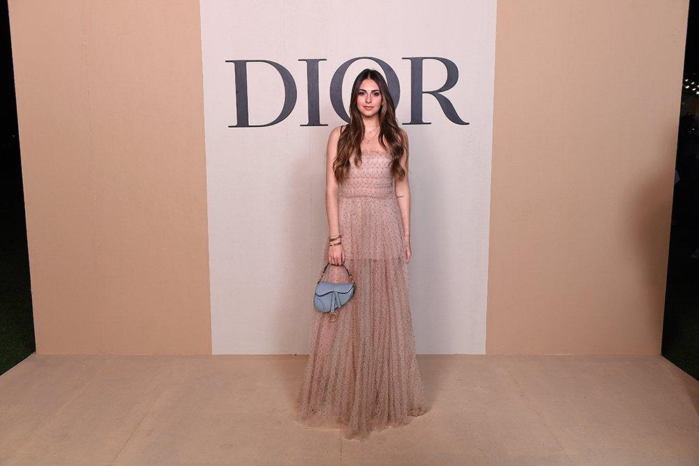 811a5b9727293 مجلة زهرة السوسن - أبرز إطلالات النجمات خلال عرض Dior لمجموعتها ...