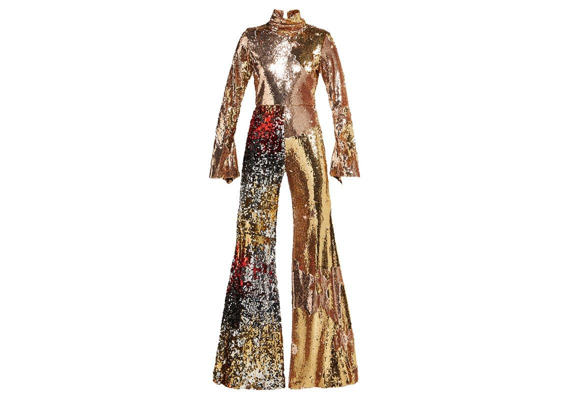 b718f9d28cf25 مجلة زهرة السوسن - Matchesfashion.com تطلق مجموعة أزياء لموسم ربيع ...