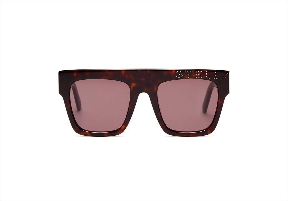 27895a8f7 مجلة زهرة السوسن - موديلات نظارات شمسية تناسبكِ إن كنتِ صاحبة وجه مستدير