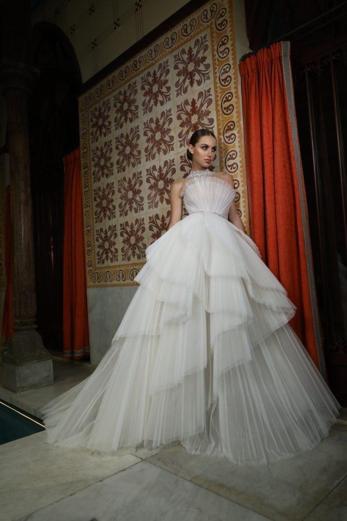 فستان عروس فستان زفاف فساتين زفاف فساتين عرس صيف 2021 جورج حبيقة Georges Hobeika
