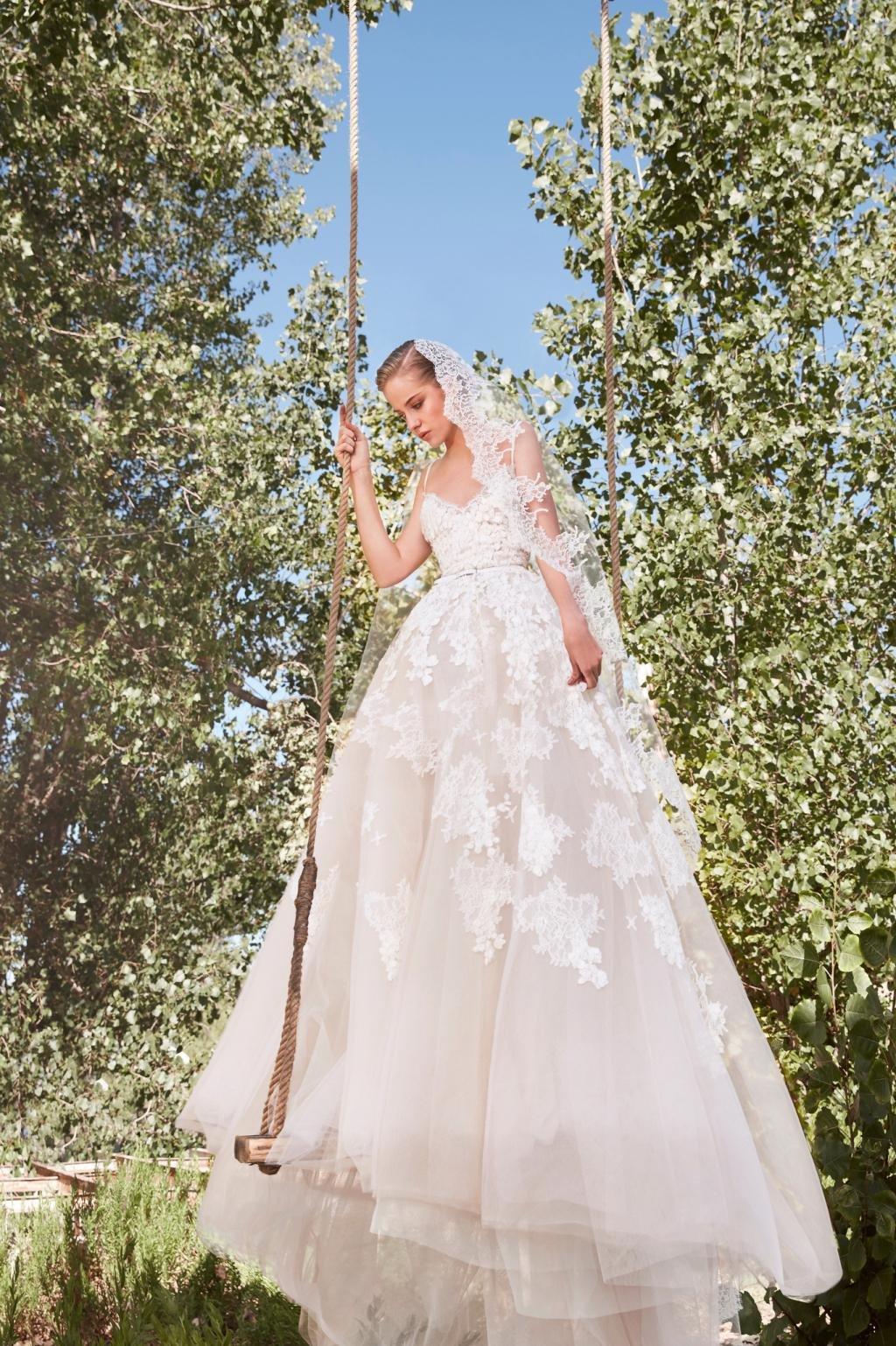 فستان عروس فستان زفاف فساتين زفاف فساتين عرس صيف 2021 ايلي صعب Elie Saab
